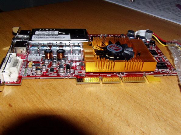 Sapphire Radeon 9800se Aiw Gold Pro