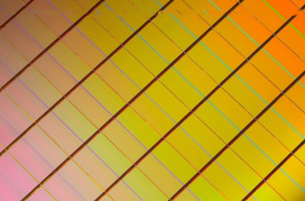 intel and micron downgrade 3d xpoint relationship from friends with benefits to 1